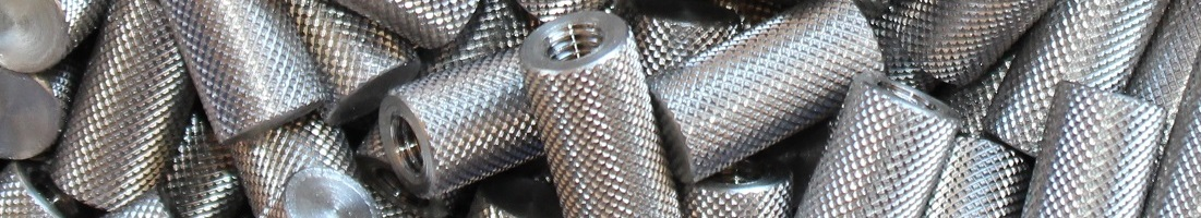 Threaded knurled spacer
