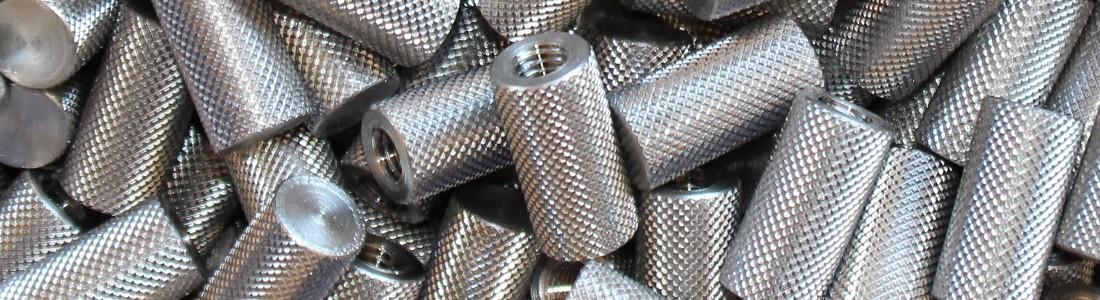 Entretoise taraudées moletage croisé pointe diamant